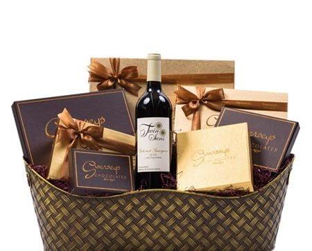 Cum procedezi cand vrei un cadou memorabil pentru aniversarea celei mai bune prietene?